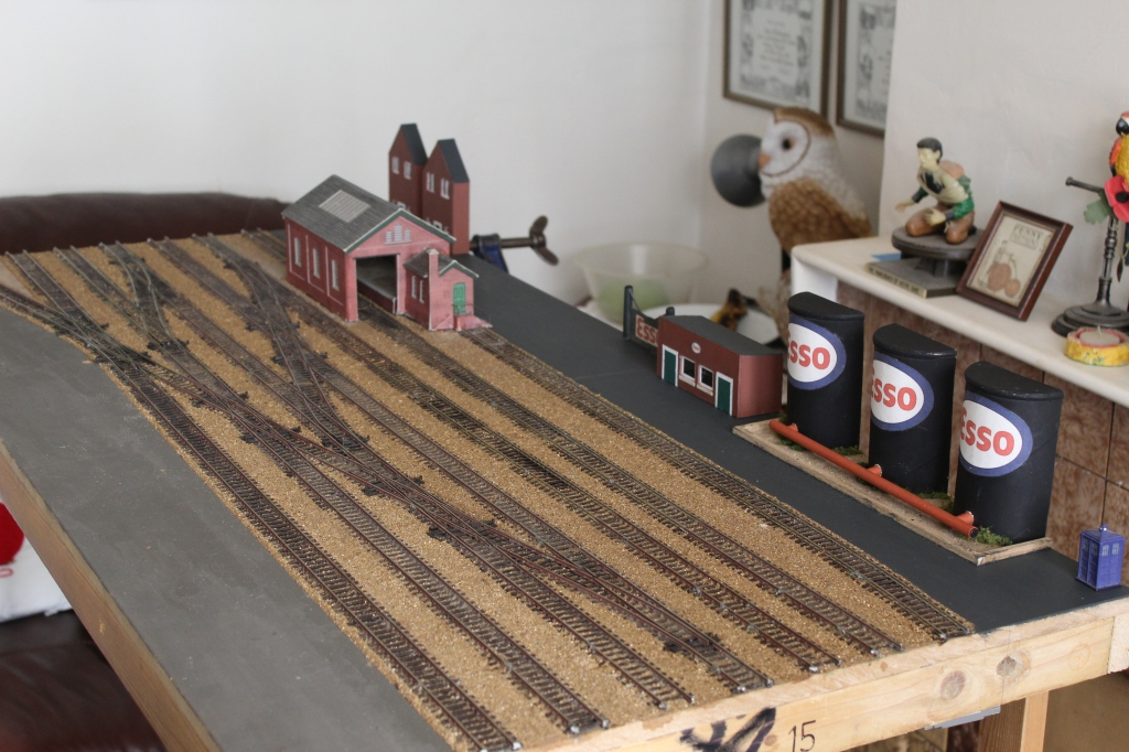 Oil Terminal for Alan's new Layout